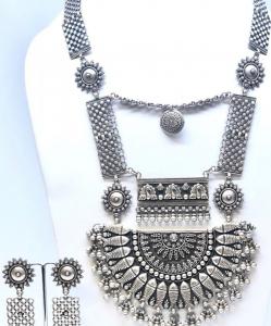 Antique Oxidized Single Color Heavy Necklace Set