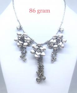 Antique Silver Triple Rose Chain Necklace