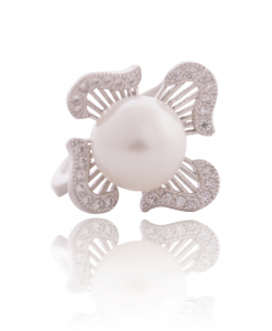 Cubic Zirconia Pearl Ring