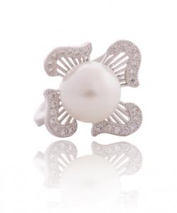 Cubic Zirconia Pearl Ring
