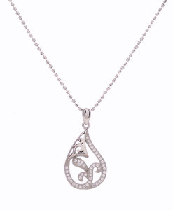 CZ Beautiful Pendant in Silver Chain
