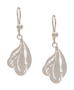 Filigree leaf Hanging Earring