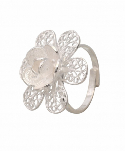 Filigree lacy Flower Ring