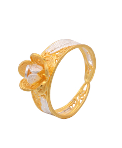 Filigree Two Tone Small Flower On top Ring