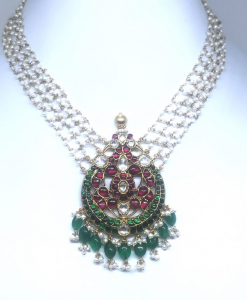 Red and Green Kundan Necklace