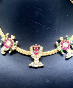 Silver Kundan Necklace with red and green Motifs
