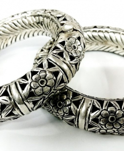Oxidised Beautiful Silver Flower Set of Bangles